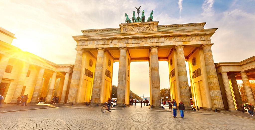 La Puerta de Brandeburgo, una de las antiguas puertas de entrada a Berlín