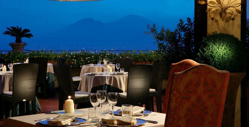 Regálate una espectacular cena bajo las estrellas