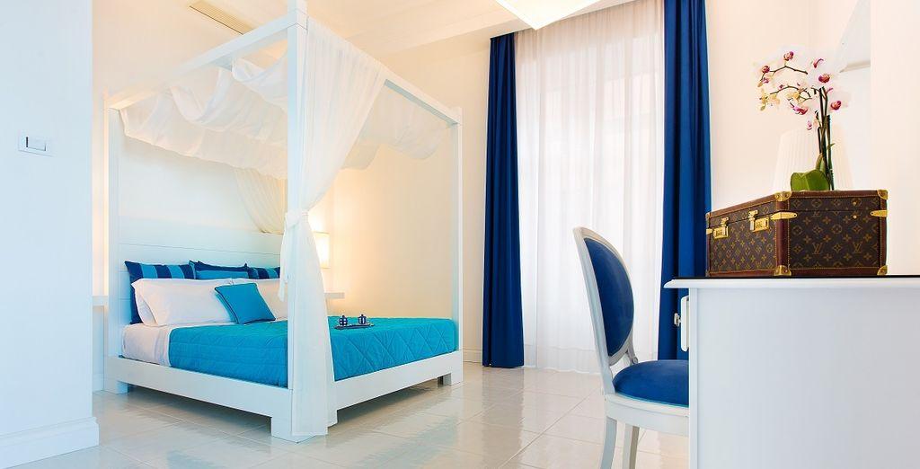 Hemos conseguido para tu comodidad una habitación Superior con Vistas al Mar y con balcón