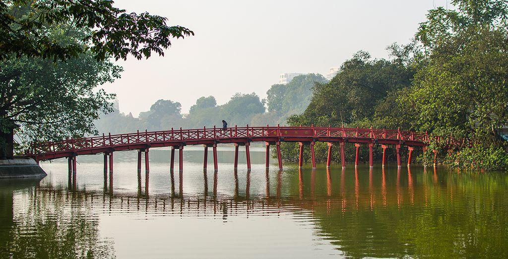 Puente Huc, Hanói