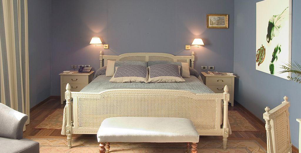 Descansa en una fantástica habitación Deluxe...