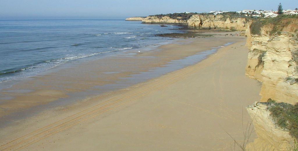 Infinitas playas de arena blanca donde disfrutar de largos paseos