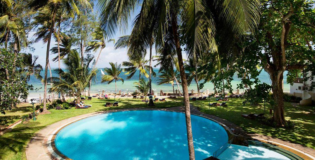 Neptune Beach Resort 4*