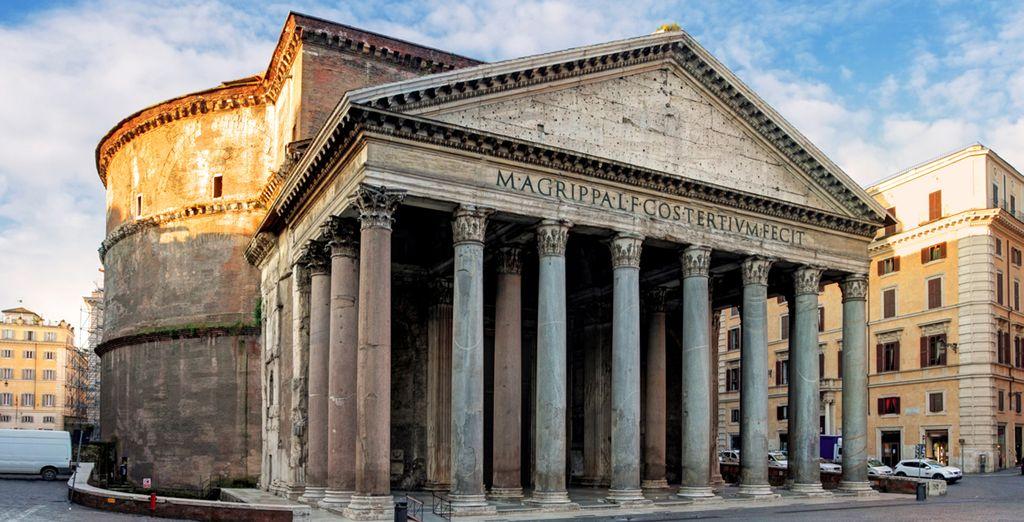 Disfruta de una arquitectura que rinde homenaje a la antigua Grecia
