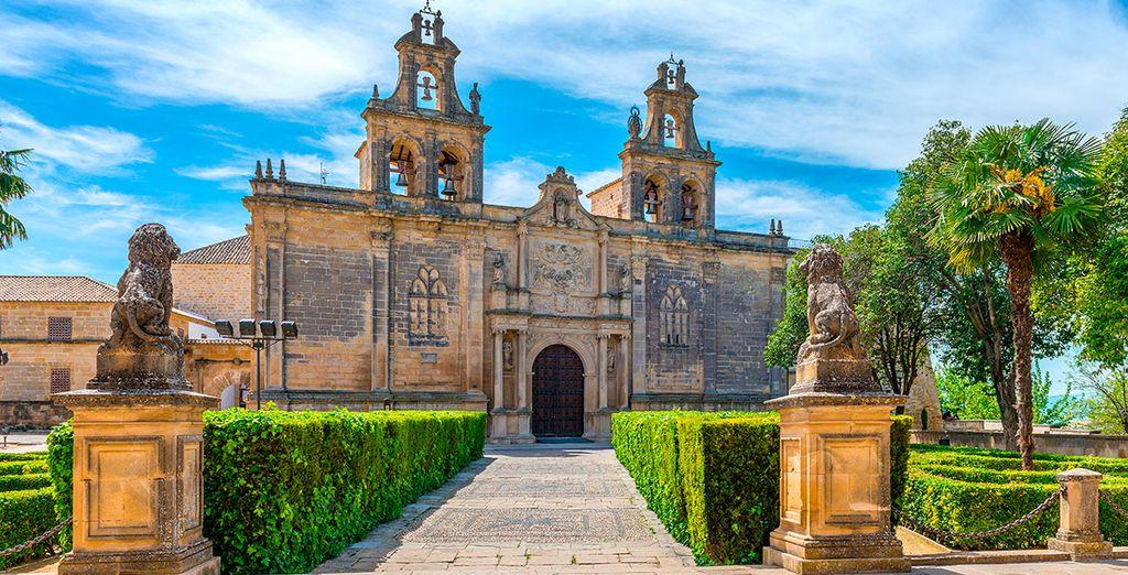 Visita la Colegiata de Los Reales Alcázares, en la vecina Úbeda