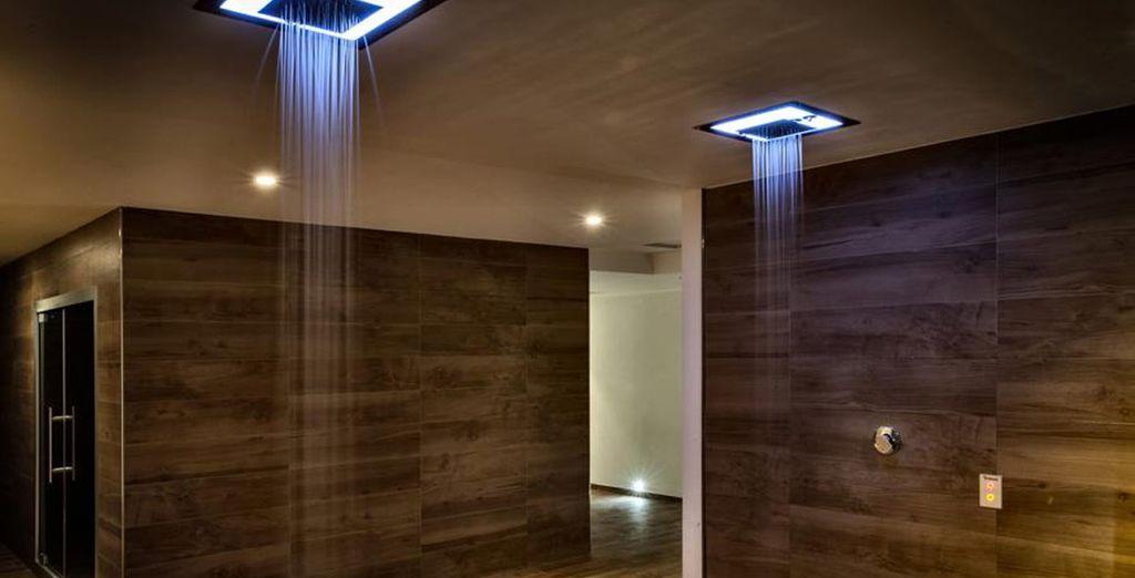 Mímate también en vacaciones con duchas de cascada, baño turco, aromaterapia...