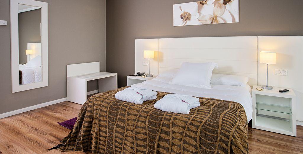 Alójate en habitaciones cuidadas que invitan al relax