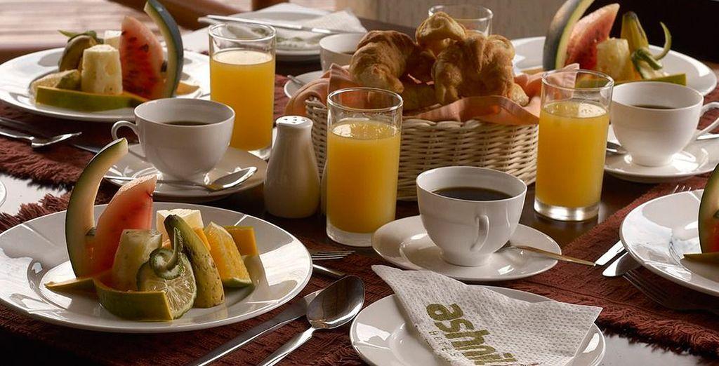 ¡Comienza el día con un completo desayuno!