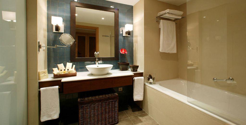 Con baños perfectamente equipados