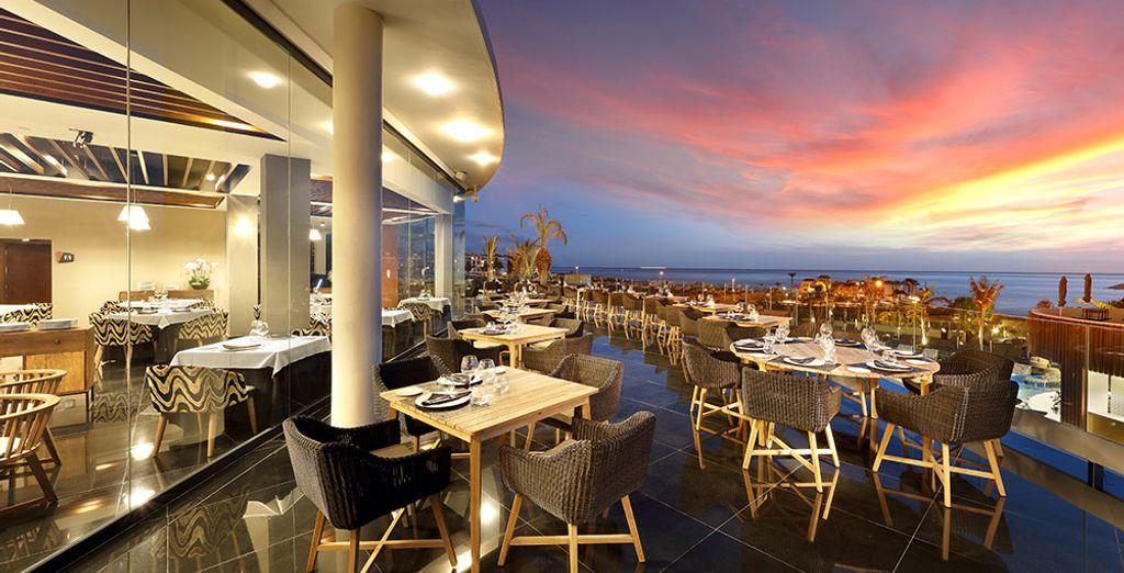 Hard Rock Hotel Tenerife 5* goza de una amplia variedad de opciones gastronómicas en sus restaurantes