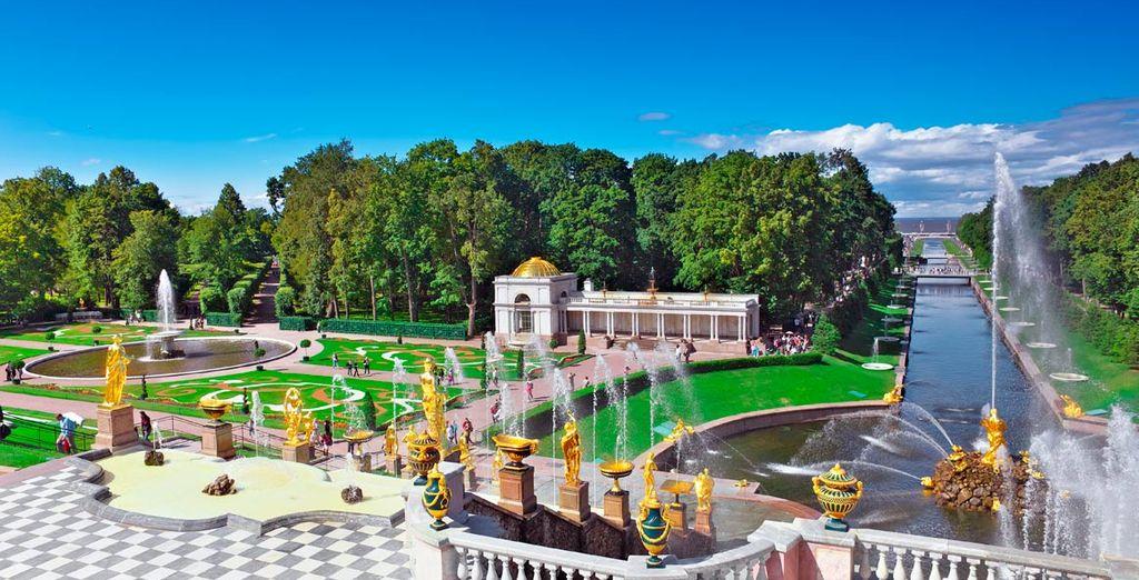 Visita el parque de Peterhoff