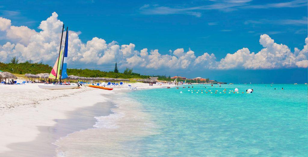 Combina playas de ensueño...