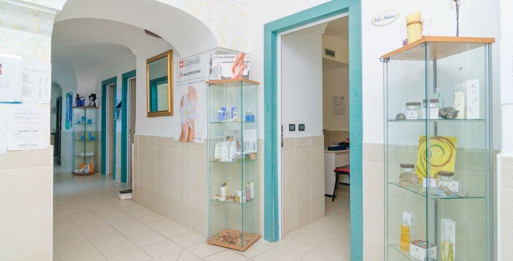 El centro de belleza ofrece diferentes tipos de tratamientos