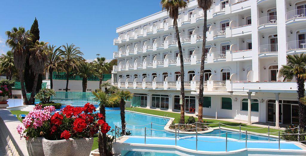 Hotel SuneoClub Costa Brava 4* - Cadaqués