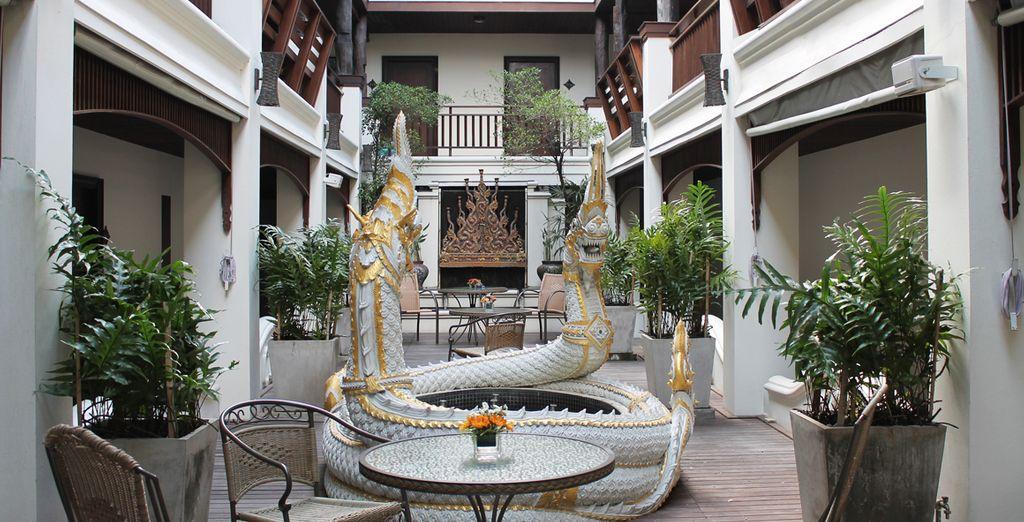 El Naga Restaurant está ubicado al aire libre