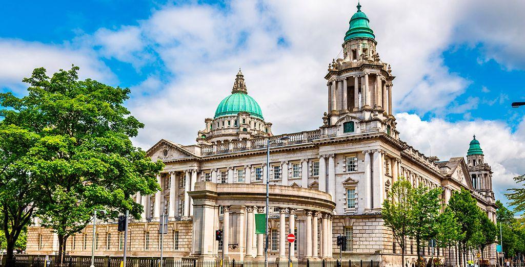 Si eliges el circuito de 9 noches, conocerás la ciudad de Belfast