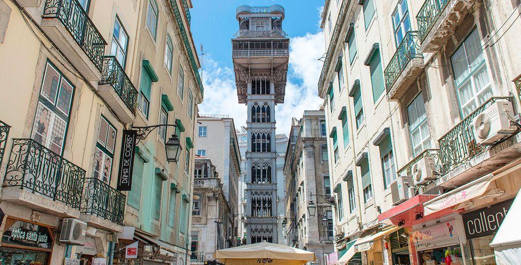 Sube a sus elevadores, como el de Santa Justa, y contempla las vistas sobre la ciudad