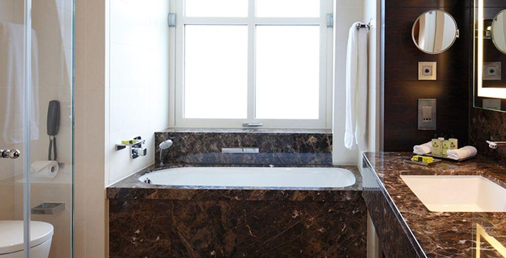 Un cómodo baño para sienta el máximo confort