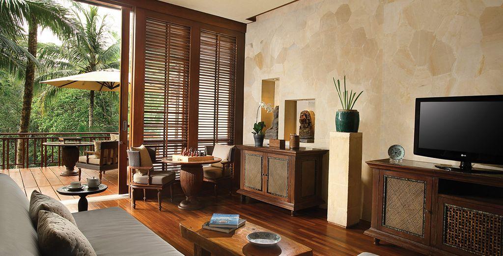 Su exquisita Suite Dúplex, decorada en estilo balinés
