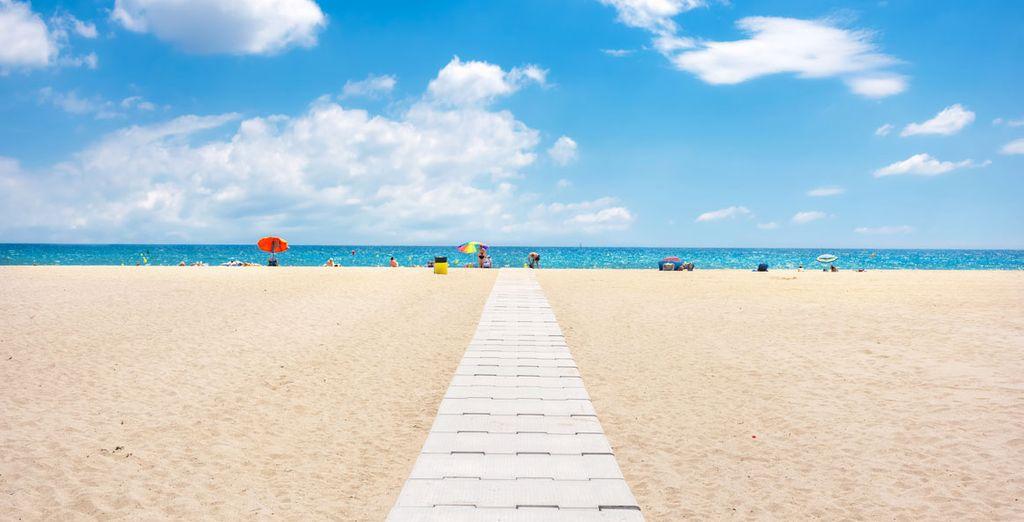 Disfruta de la playa en Empuriabrava