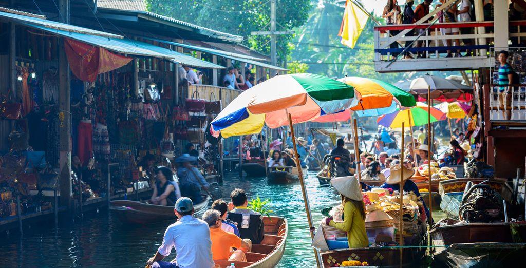 Descubre el mercado flotante más importante de Bangkok