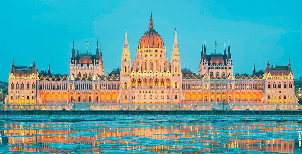 Explora los edificios más emblemáticos de Budapest