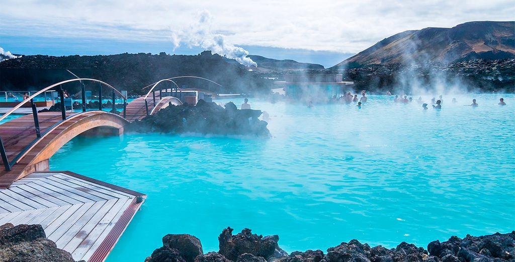 En el segundo paso de la compra, podrás reservar tu entrada para el famoso Blue Lagoon de Reykjavic