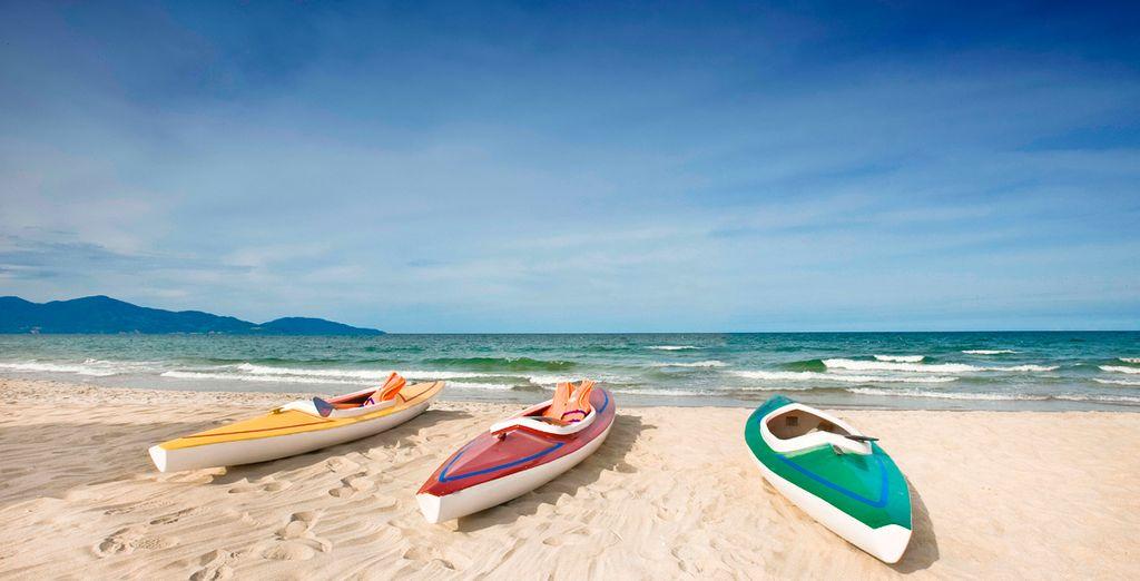 Realice excursiones y deportes acuáticos por la zona