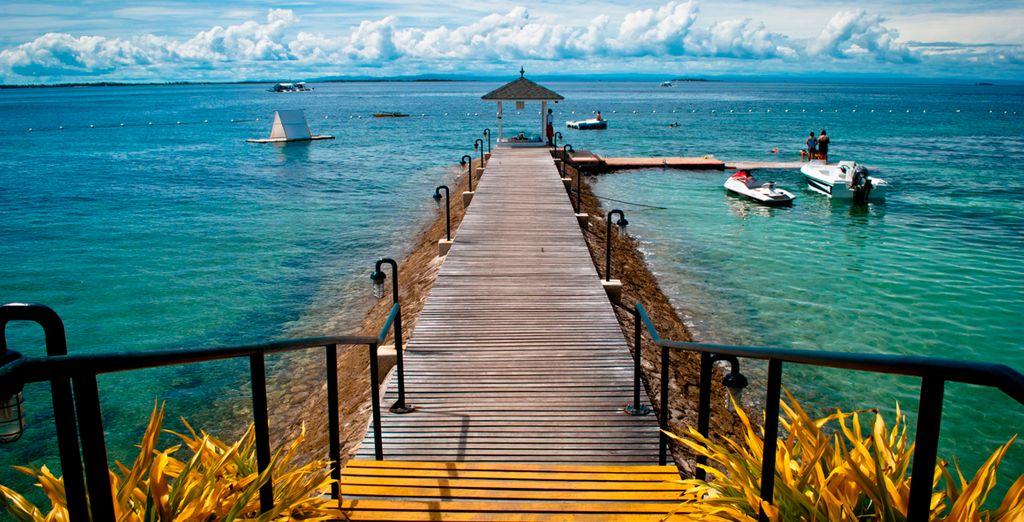 Acceso a la playa desde el Plantation Bay
