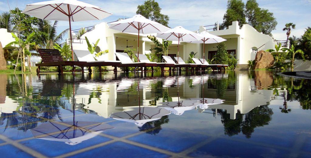 Profitez d'une des 3 piscines de l'hôtel