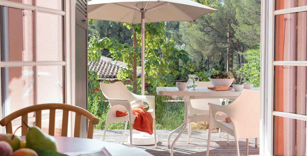 Dégustez votre petit-déjeuner en terrasse