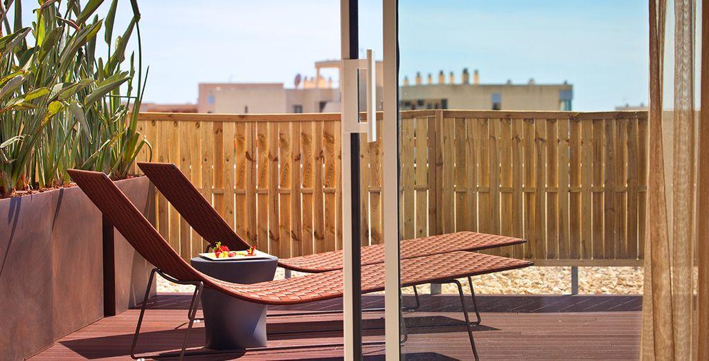 Et d'une terrasse ensoleillée pour vos moments de farniente