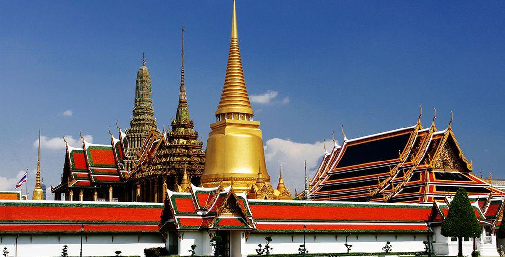 Vous verrez également le majestueux Temple du Bouddha d'Émeraude...
