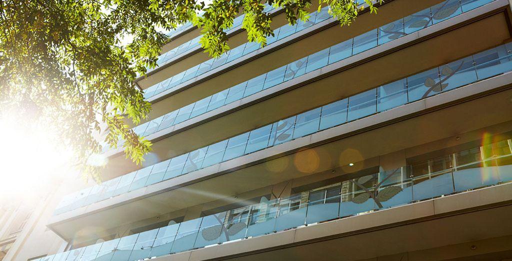 Et installez-vous au City Hotel Thessaloniki