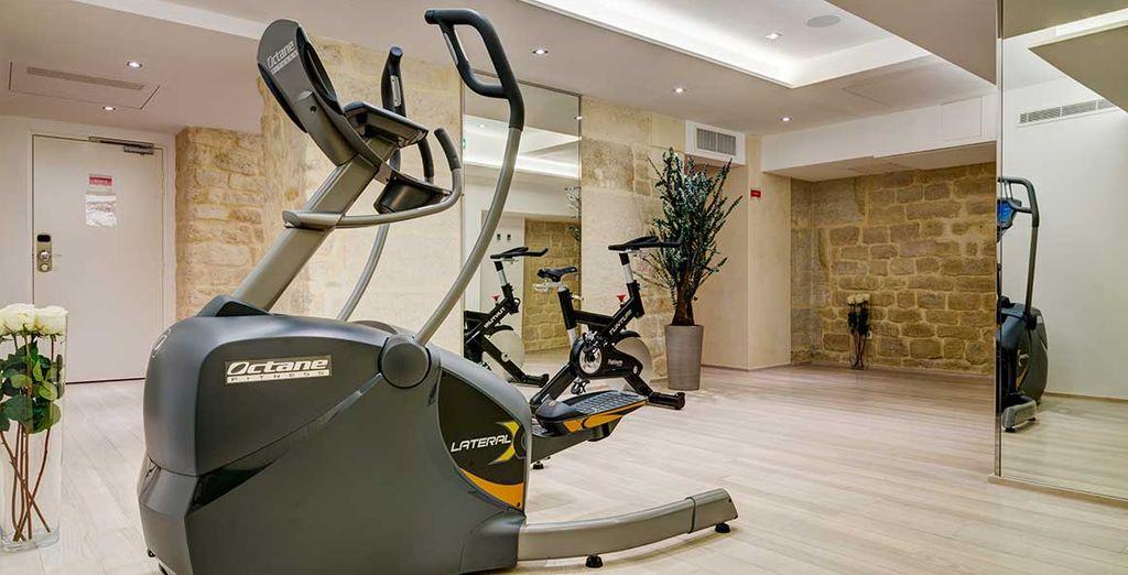 Tandis qu'au 2ème sous-sol, une salle de fitness et un espace détente vous attendent