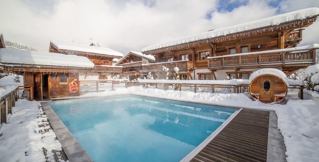 Venez vous détendre dans la piscine chauffée toute l'année