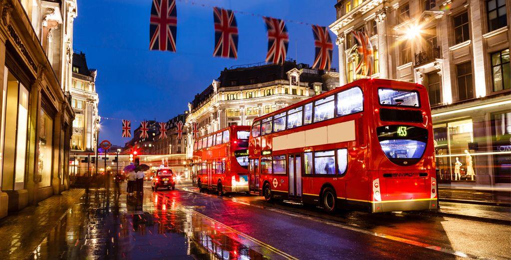 Partez ensuite à la découverte de Londres, à une heure de route