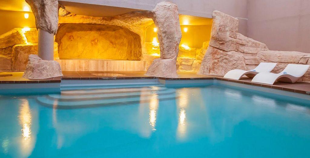 Et si vous plongiez dans une oasis bleutée après avoir skié toute la journée ?