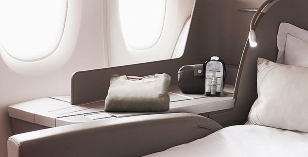 Votre fauteuil se transforme en un véritable lit de 2 mètres... Vous êtes arrivé à votre destination !