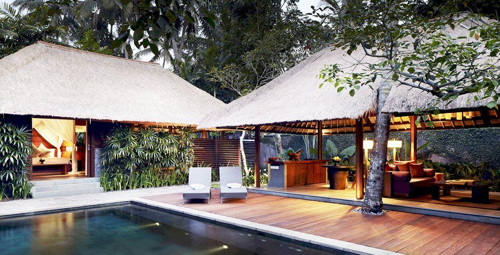 Avec piscine privée, vous assurant intimité et tranquillité