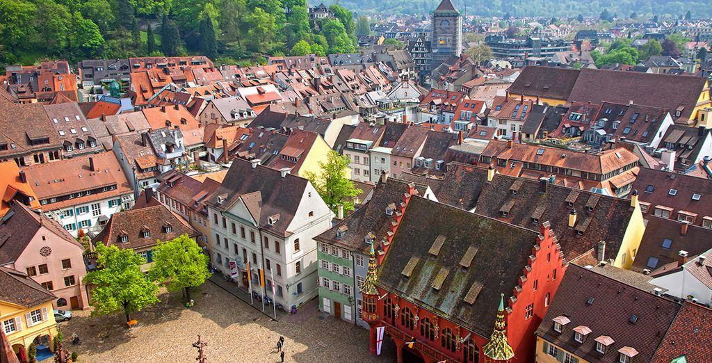 Photographie de la ville de Freiburg et ses architectures colorées