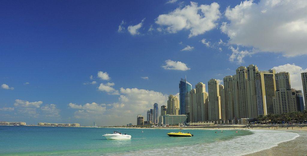 Vous serez situé à proximité de Jumeirah Beach