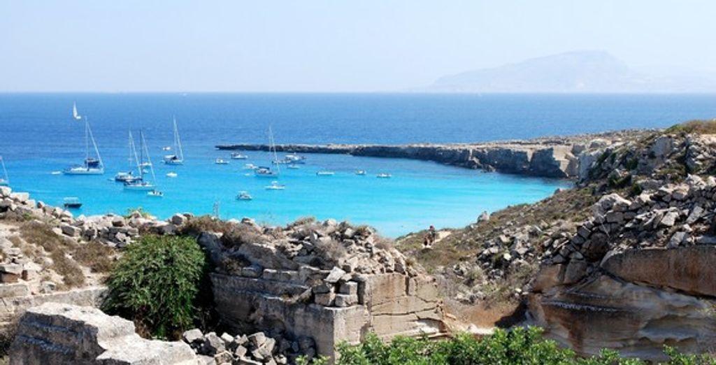 La Sicile bordée par les eaux turquoise de la Méditerranée - Autotour Sicile 8 jours/7 nuits en hôtels ***** Catane