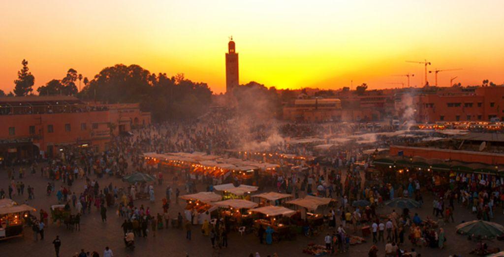 Puis partez découvrir les beautés de Marrakech, dont La Koutoubia...