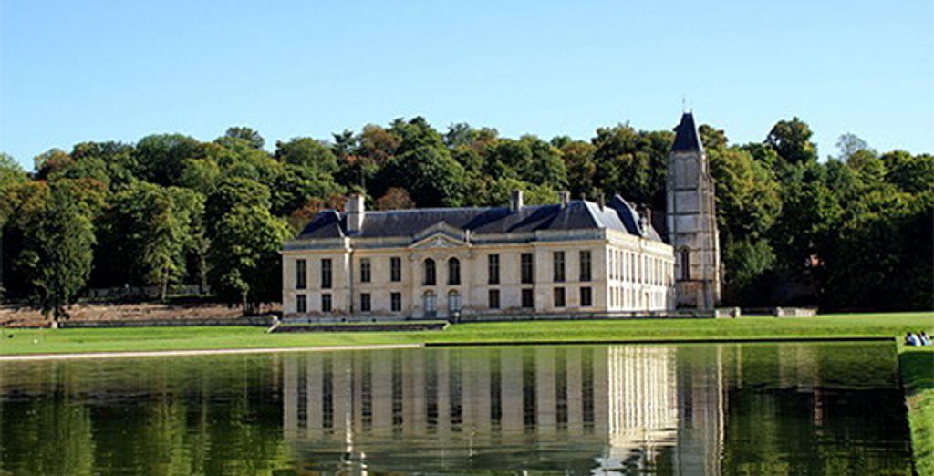 Admirez le château et son magnifique parc
