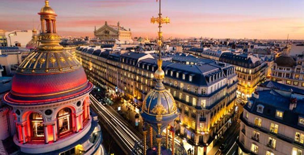 Le charme de Paris by night
