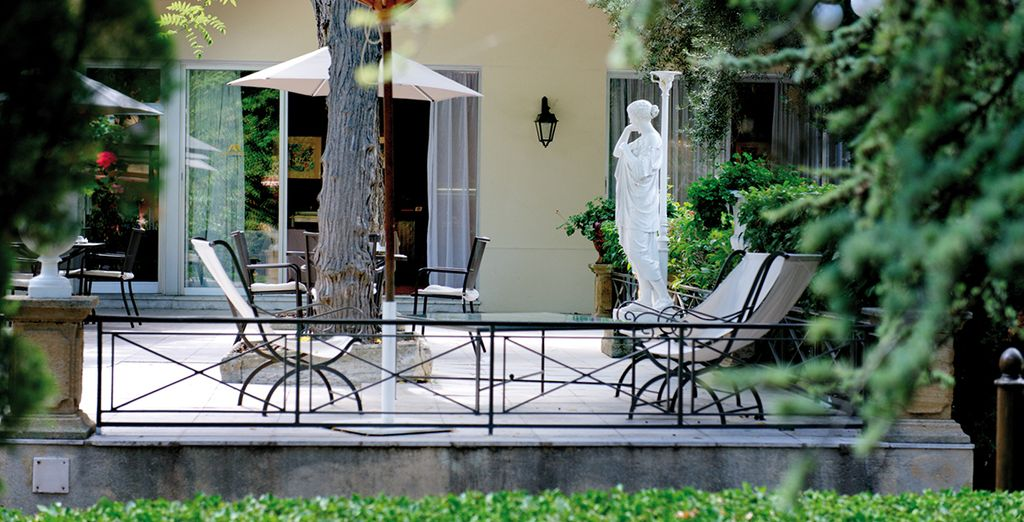 Faites une pause détente sur la terrasse
