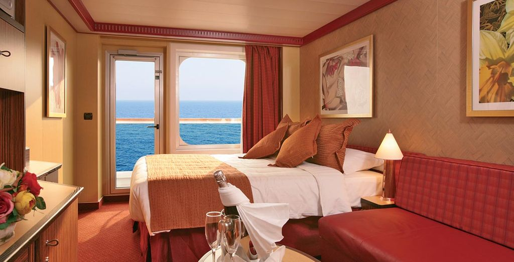 Et bénéficiez d'un confort absolu en cabine extérieure avec balcon...