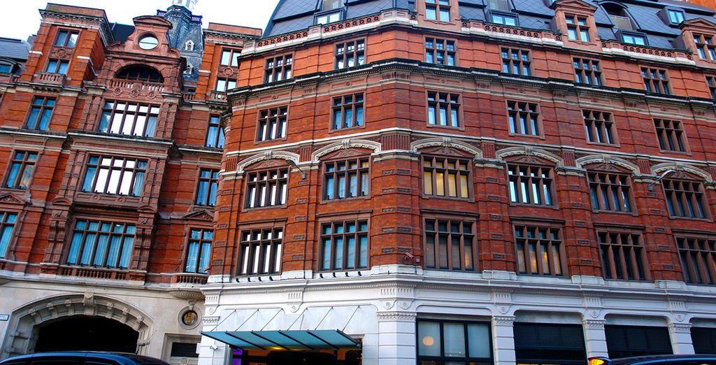 Un superbe édifice victorien en brique rouge - Andaz Liverpool Street 5* Londres