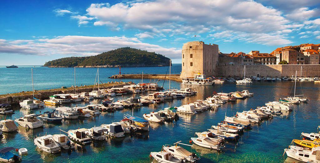 Débarquez dans le port du Dubrovnik et visitez sa cité médiévale